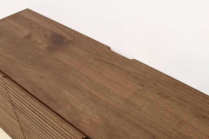 天板の配線用切り込み
