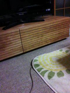天然木・無垢ウォールナットのテレビ台2