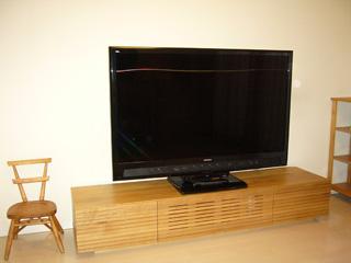 天然木・無垢を使用、ホワイトオークのテレビ台1