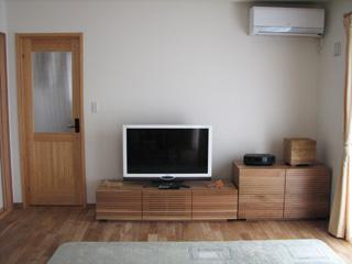 天然木・無垢のホワイトオークテレビ台とホワイトオークのトーチェスト1