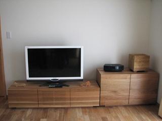 天然木・無垢のホワイトオークテレビ台とホワイトオークのトーチェスト3