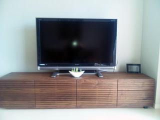天然木・無垢を使用したテレビ台-風雅ウォールナットW2000-1