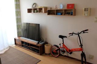 天然木、無垢のテレビ台-彩美ウォールナットW1500-3