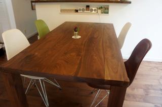 天然木・無垢を使用した大川家具ダイニングテーブル凛ウォールナットW1800-3