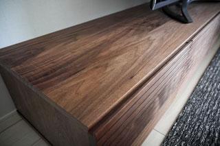 天然木・無垢を使用したテレビ台-風雅ウォールナットW2000-2