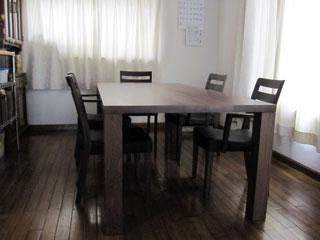 天然木・無垢のダイニングテーブルW1800ウォルナット4
