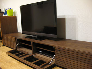 天然木・無垢のテレビボードW2400ウォールナット風雅5