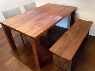 天然木・無垢のダイニングテーブル-ウォールナット-凛2