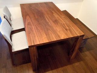 天然木・無垢のダイニングテーブル-ウォールナット-凛3