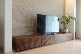 ウォールナット-無垢のテレビボード-幅2400-風雅4