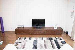 天然木ウォールナットのテレビ台W2400-風雅2