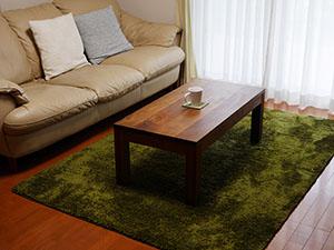 天然木のリビングテーブル-ウォールナット2
